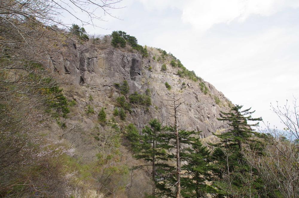 三つ峠の岩場180501.JPG