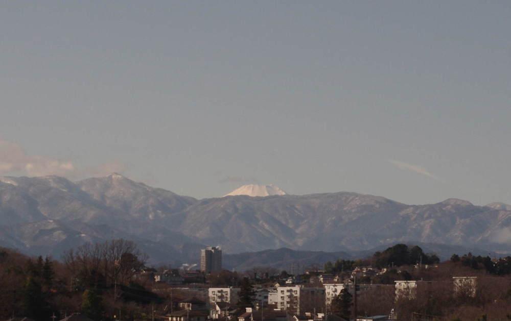 小山田緑地からの富士山200119.JPG