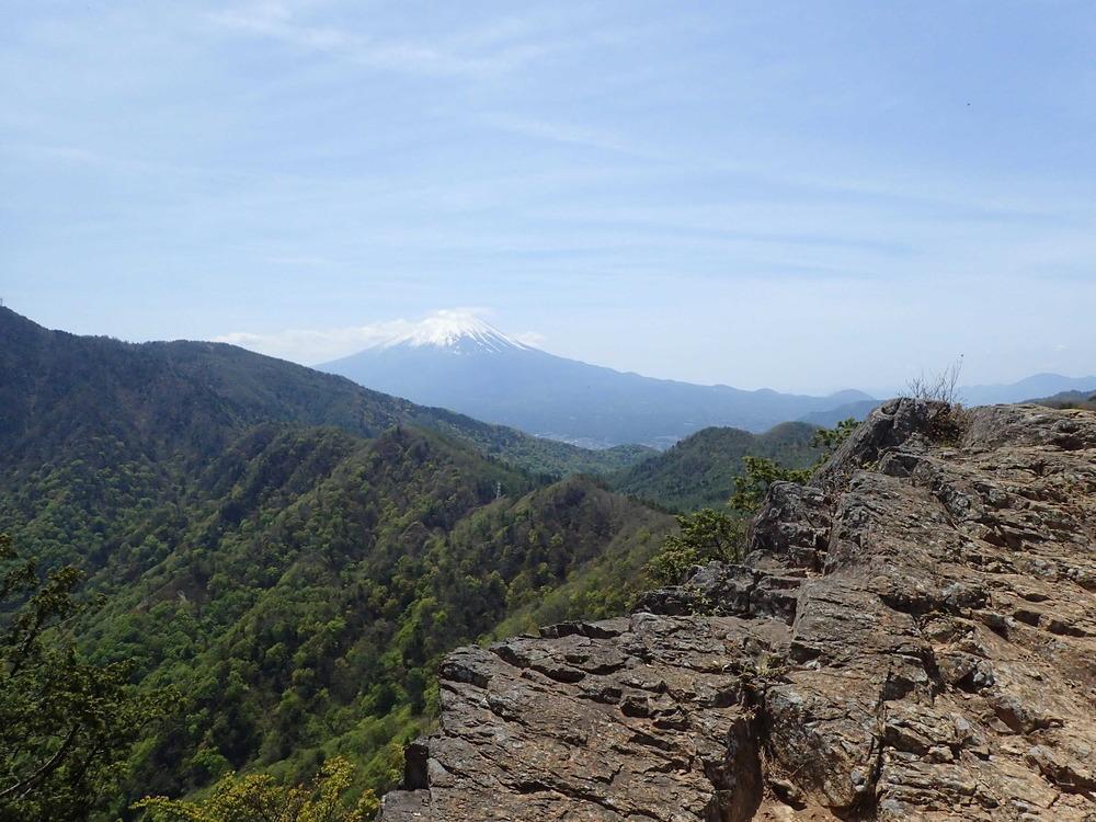 本社が丸からの富士180501.JPG