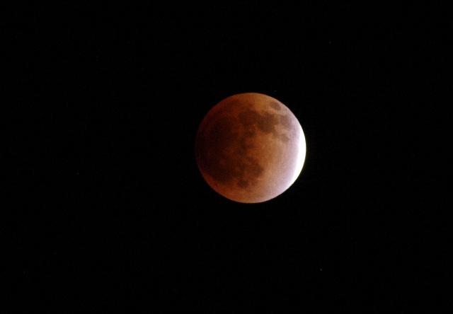 皆既月食111210-1.JPG