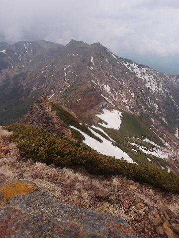 赤岳から横岳方面120602.JPG